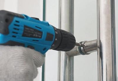 豪力士玻璃门指纹锁安装1